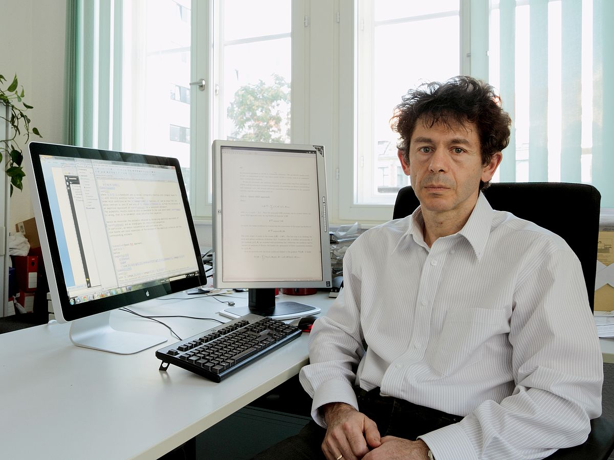 "Berlin mathematician receives ""mega-grant"" from Russian government"